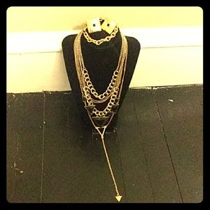 Jewelry - Vintage Black and Gold 4 piece Jewelry Set